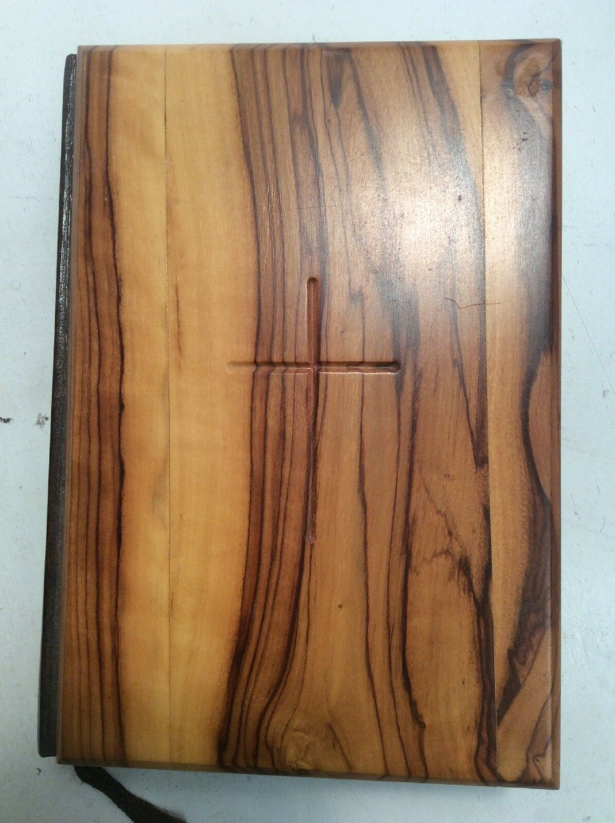 Olive Wood Cover Holy Bible Red Letter Millennium Edition King James Jerusalem